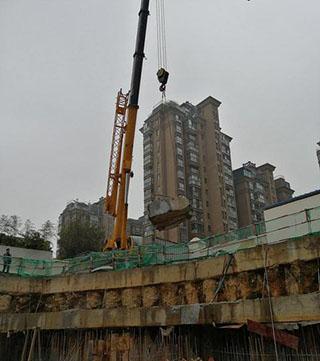 南昌高新区25吨吊车出租用于移动aoa体育官方app安装图片